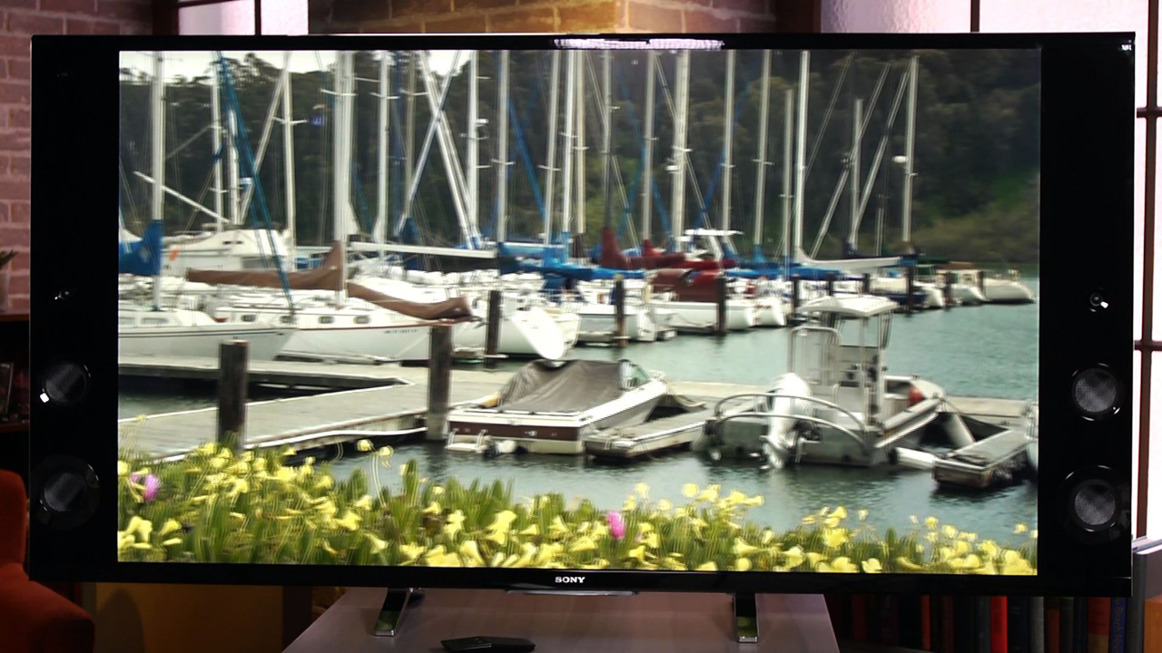 Video: Sony XBR-X900B review: Speaker-first 4K TV pumps powerful pictures, too