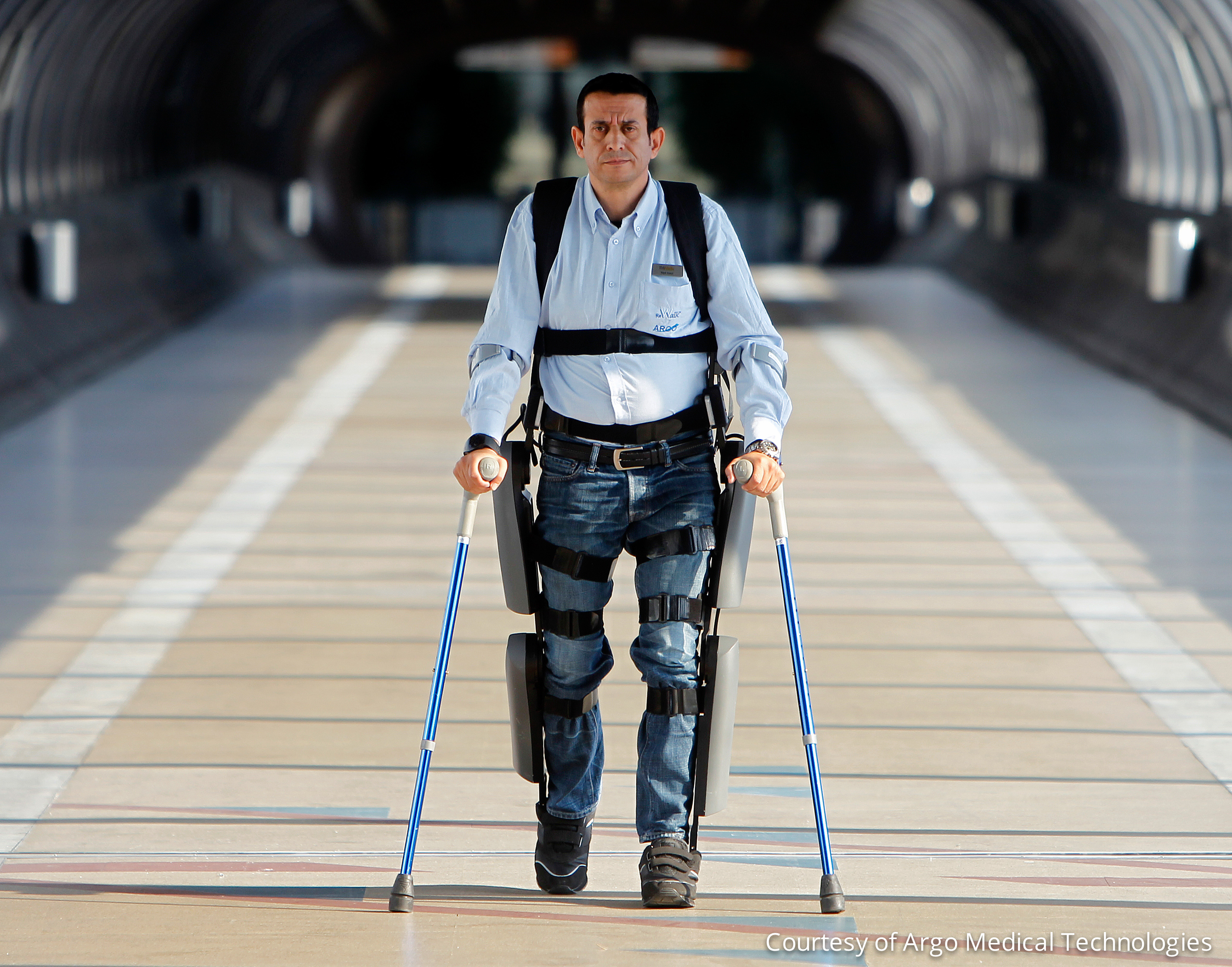 FDA clears ReWalk exoskeleton that lets paraplegics walk again - CNET