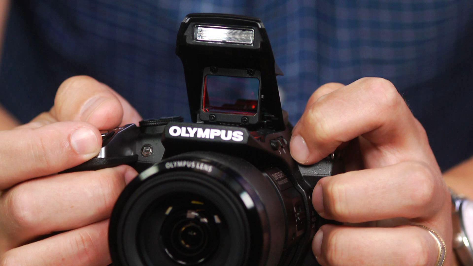 Video: Zero in on your subject from far, far away with Olympus' Stylus SP-100EE