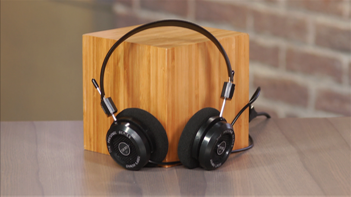 Video: Grado SR80e: Great-sounding headphones for under $100