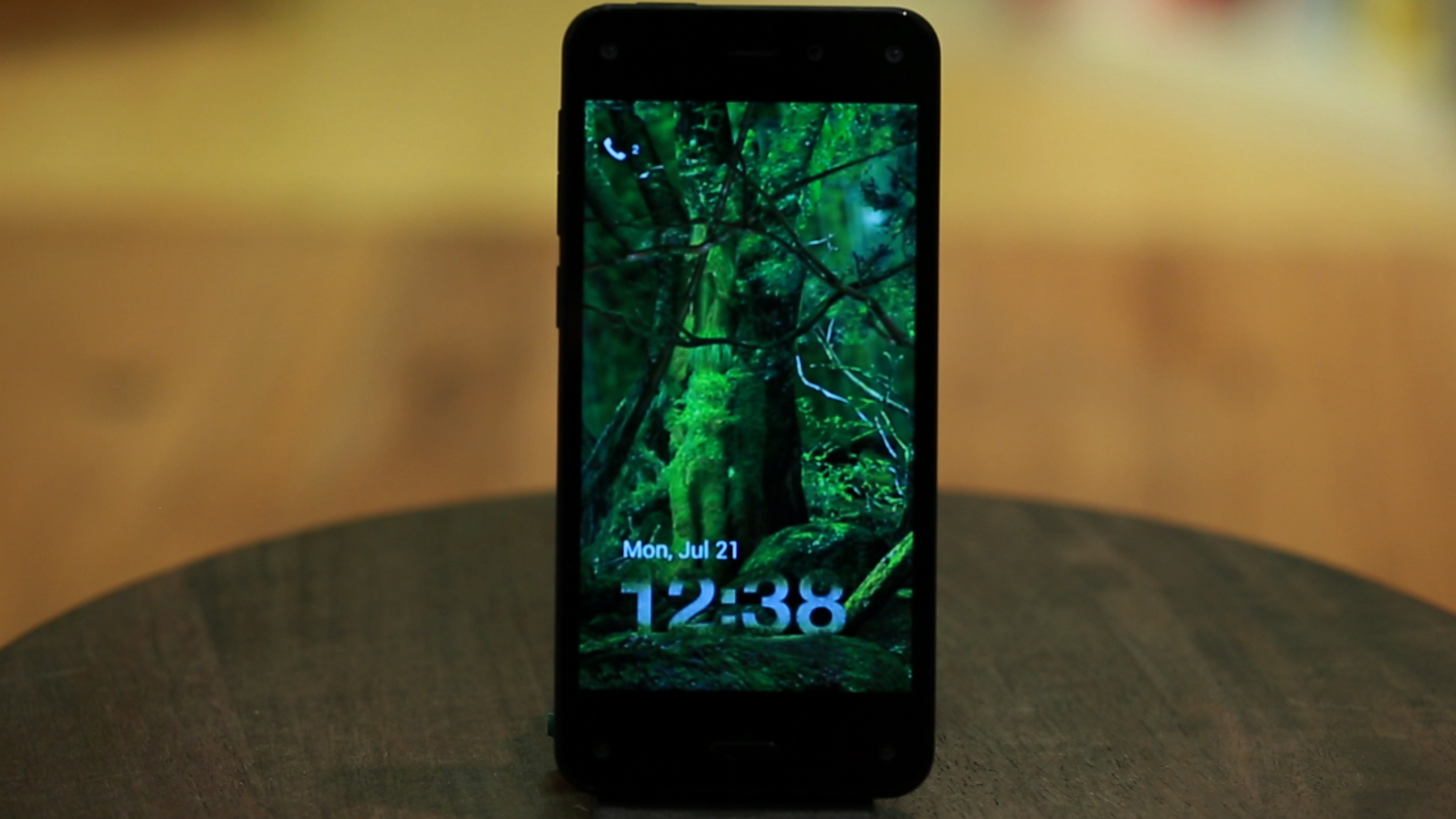 Video: Amazon Fire Phone charts new territory