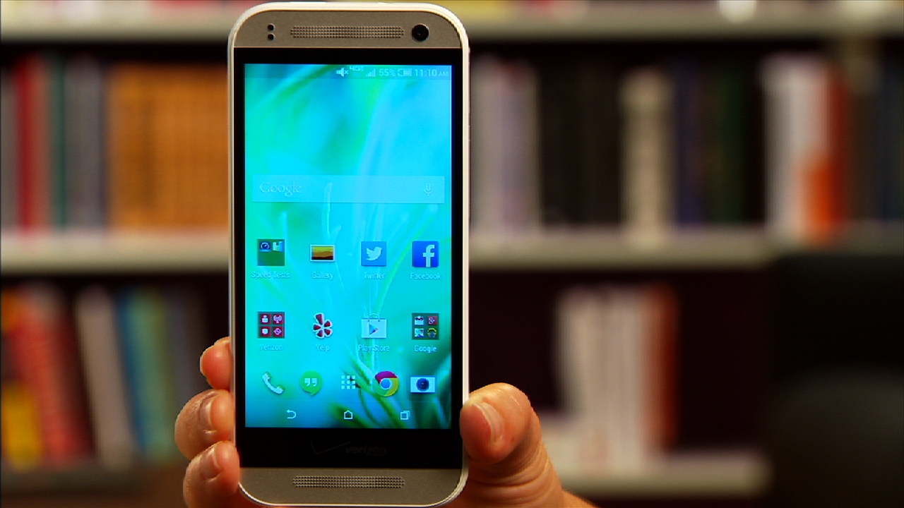 Video: Metal HTC One Remix is a diet One M8