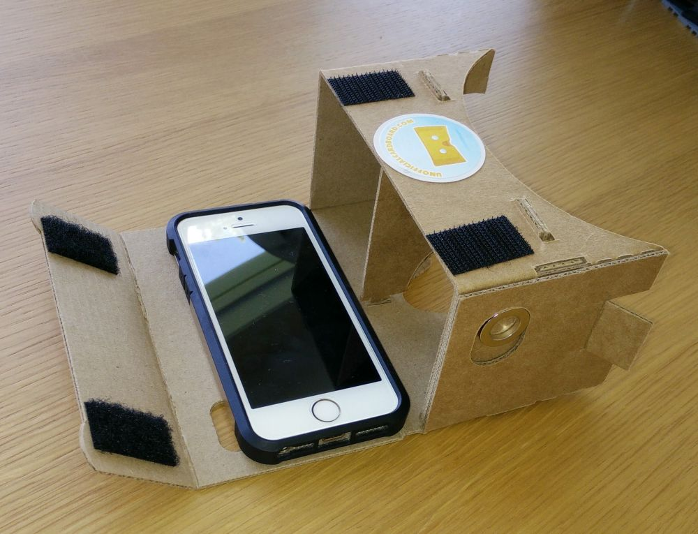 Google Cardboard does work with iPhones, provided you have the right apps.