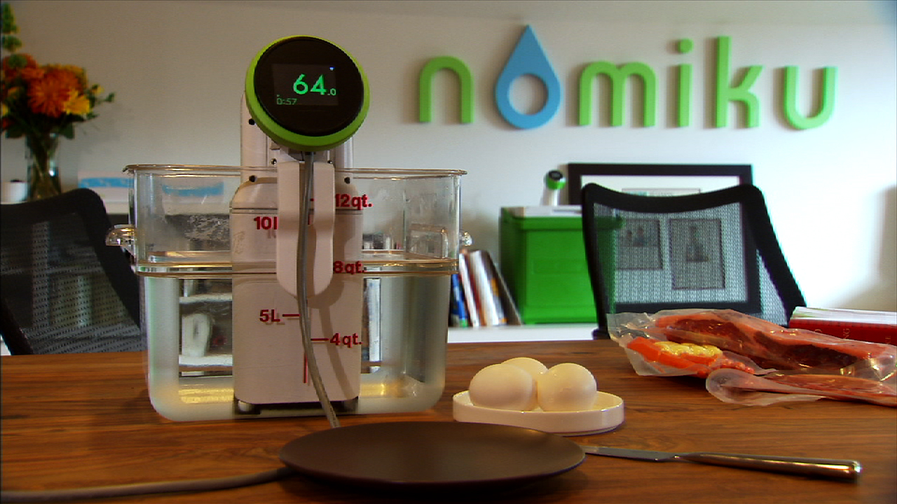 Video: Nomiku turns any pot into a Wi-Fi sous vide cooker