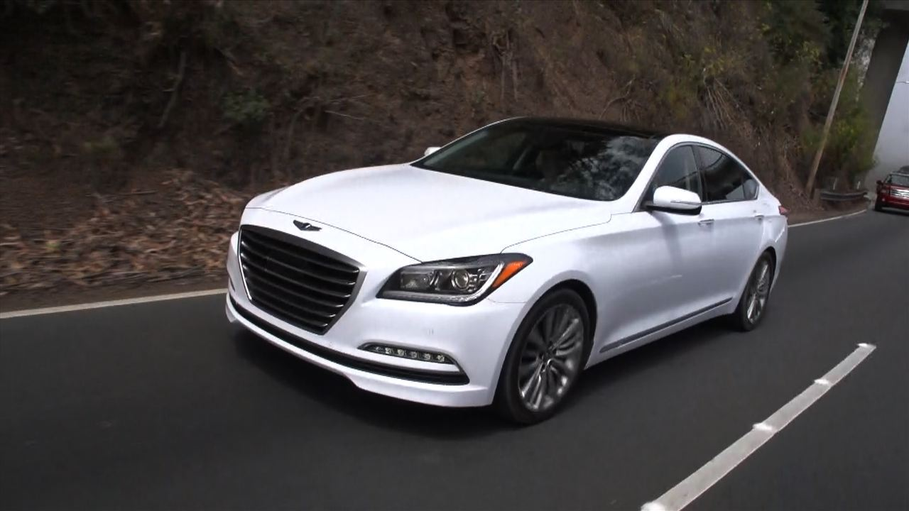 Video: On the road: 2015 Hyundai Genesis 5.0