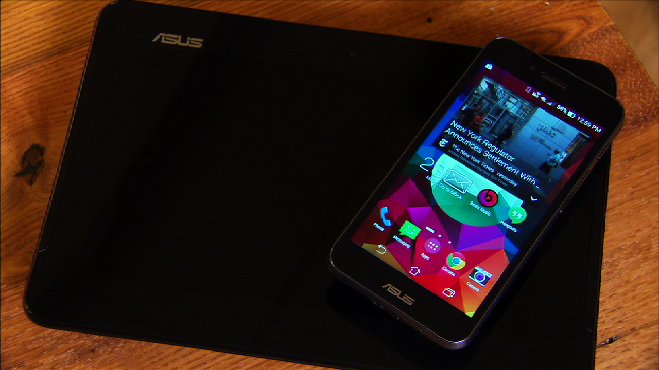 Video: AT&T's Asus PadFone X handset does double-duty as a 9-inch tablet