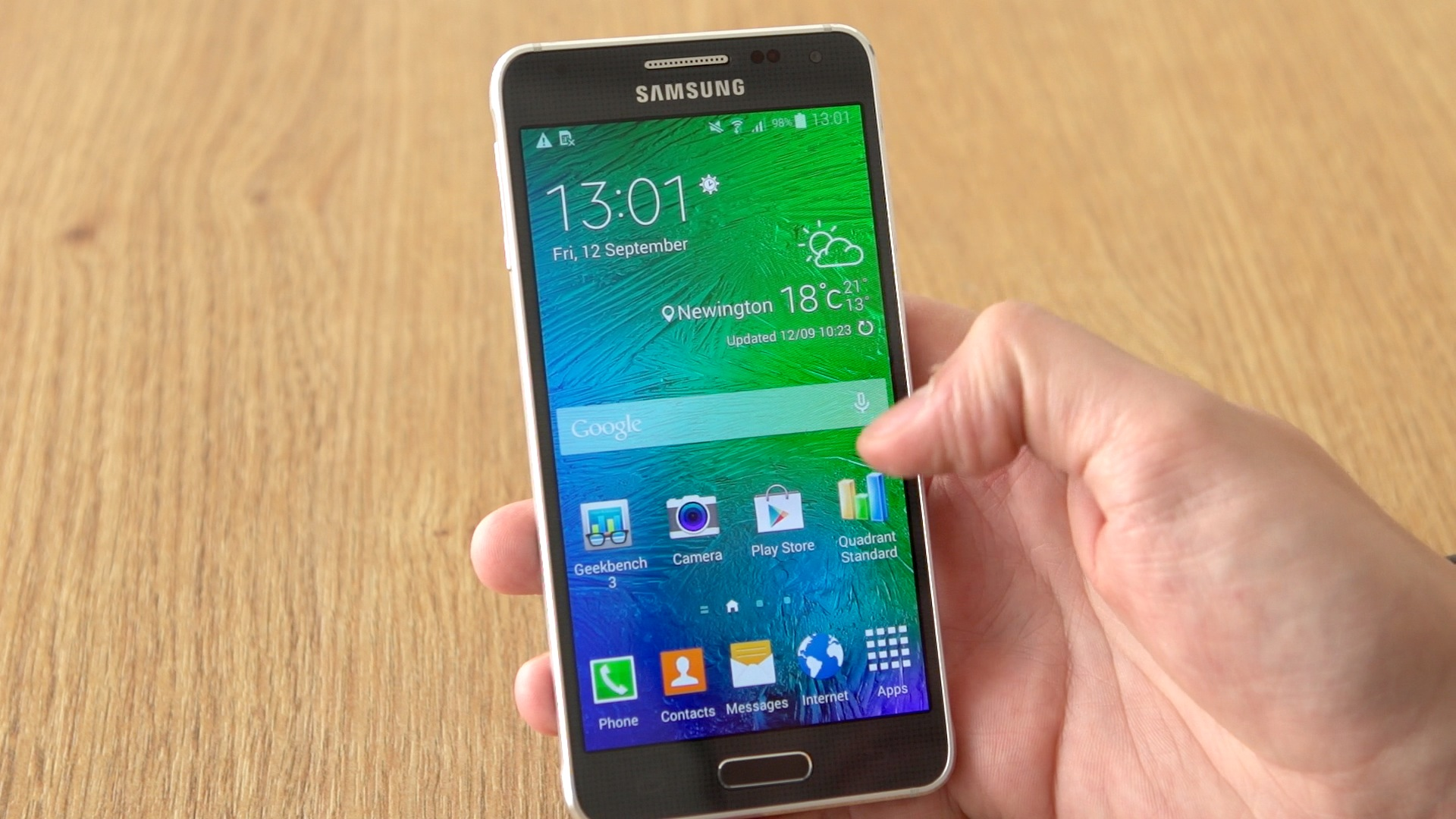 Video: Take a look at the luxurious, metal Samsung Galaxy Alpha