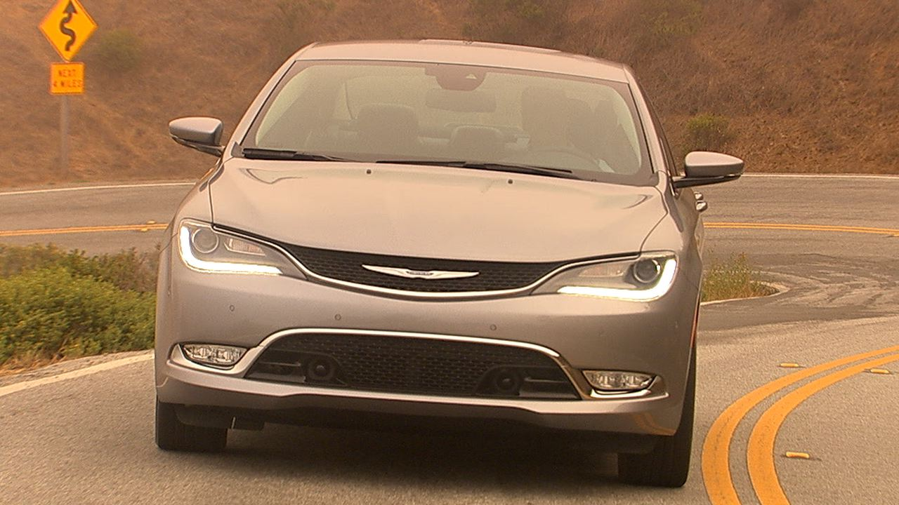 Video: On the road: 2015 Chrysler 200C