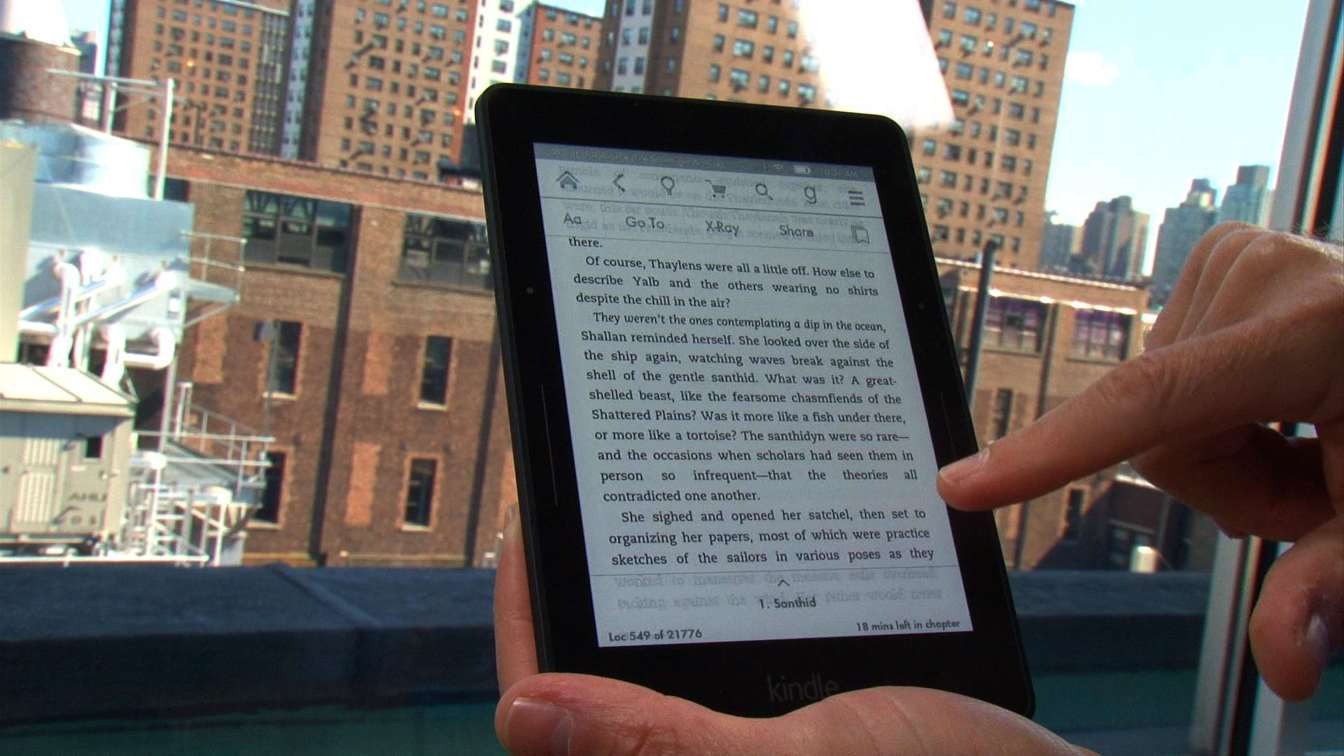 Video: Kindle Voyage: Amazon's new high-end e-ink reader (hands-on)