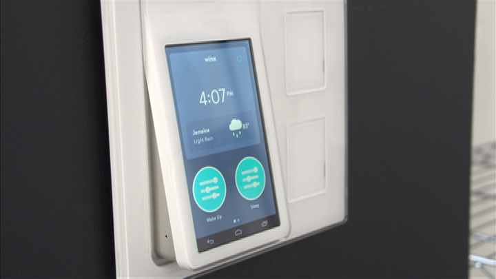 Video: Leave your smartphone behind with the Wink Relay smart home control switch