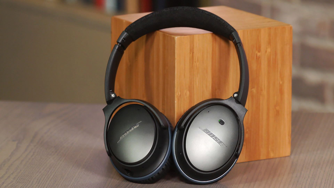 Video: Bose QuietComfort 25: Top noise-cancelling headphone gets better