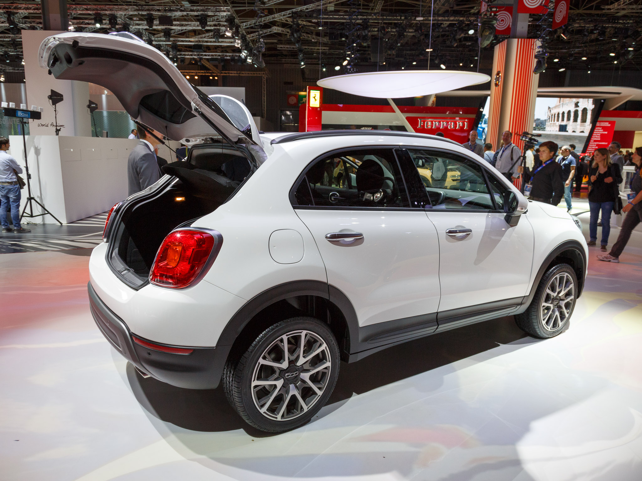 revealed tech latest technology news portal new fiat 500x compact crossover continues to. Black Bedroom Furniture Sets. Home Design Ideas