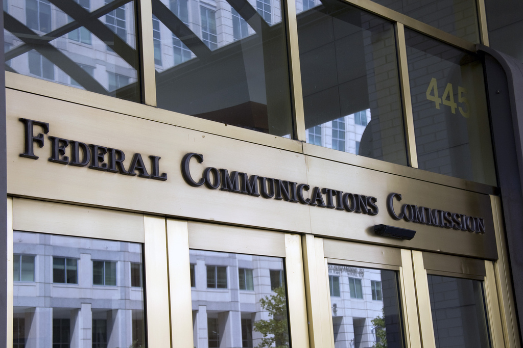 ​FCC sides with T-Mobile