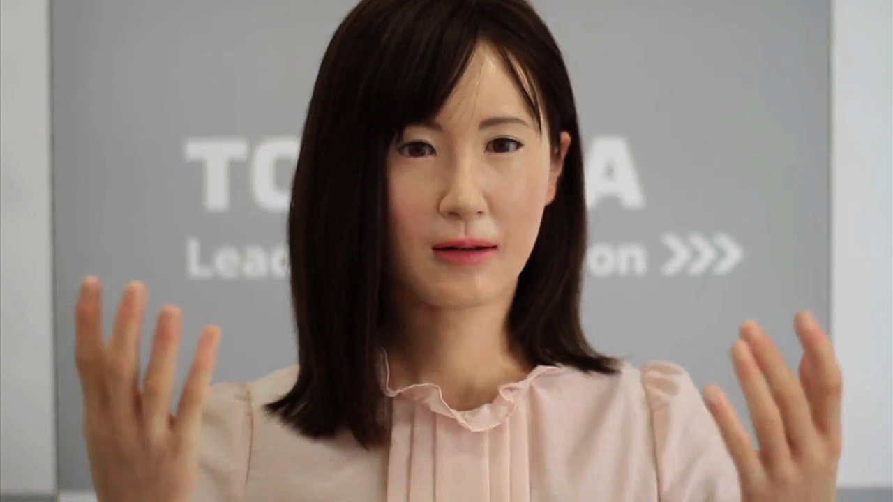 Video: Meet Aiko Chihira...the first communication android to use sign language, Ep. 178