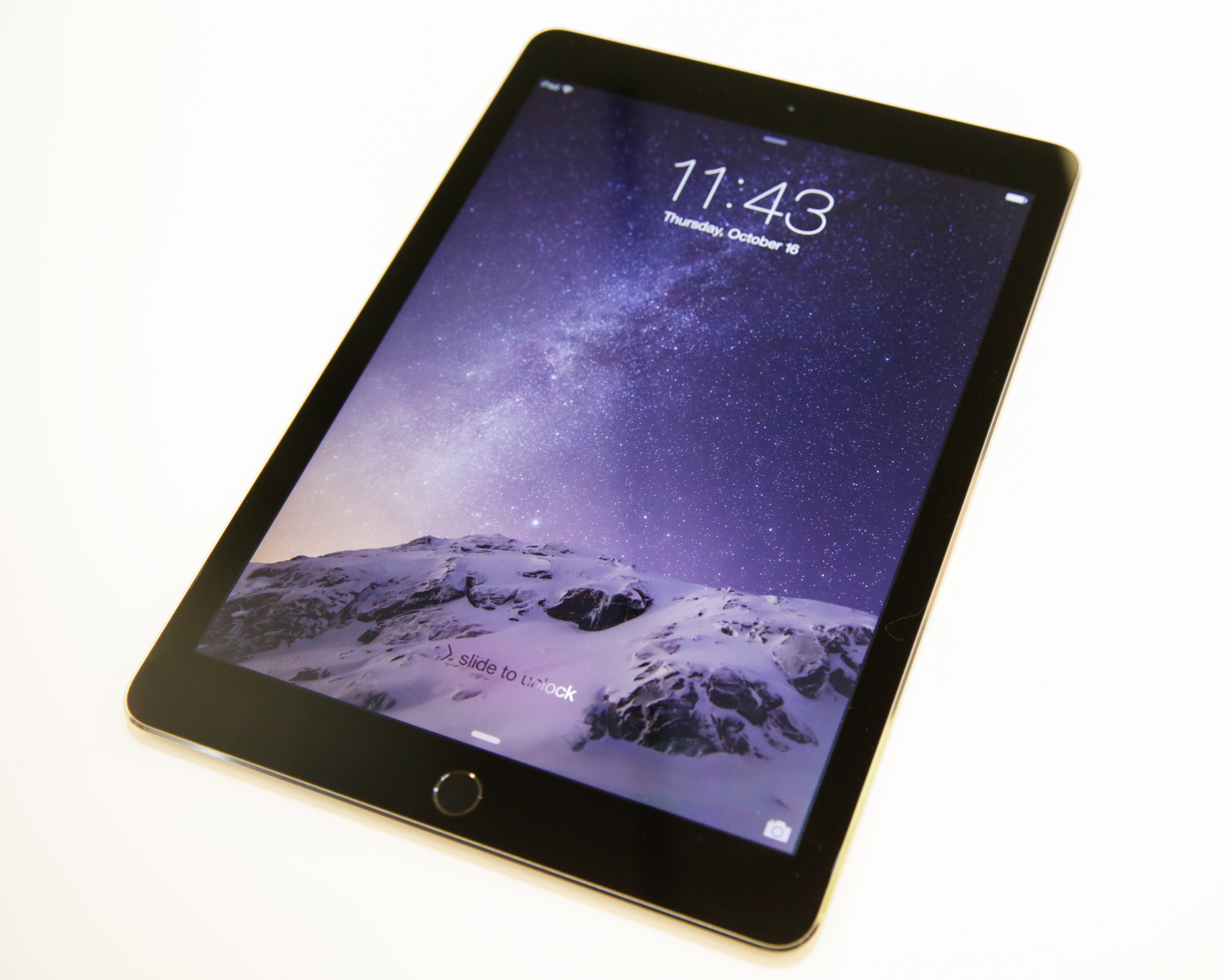 hands on with the new apple ipad air 2 and ipad mini 3. Black Bedroom Furniture Sets. Home Design Ideas