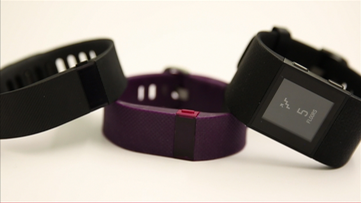 Video: Fitbit Charge, Charge HR and Surge do heart rate and much more