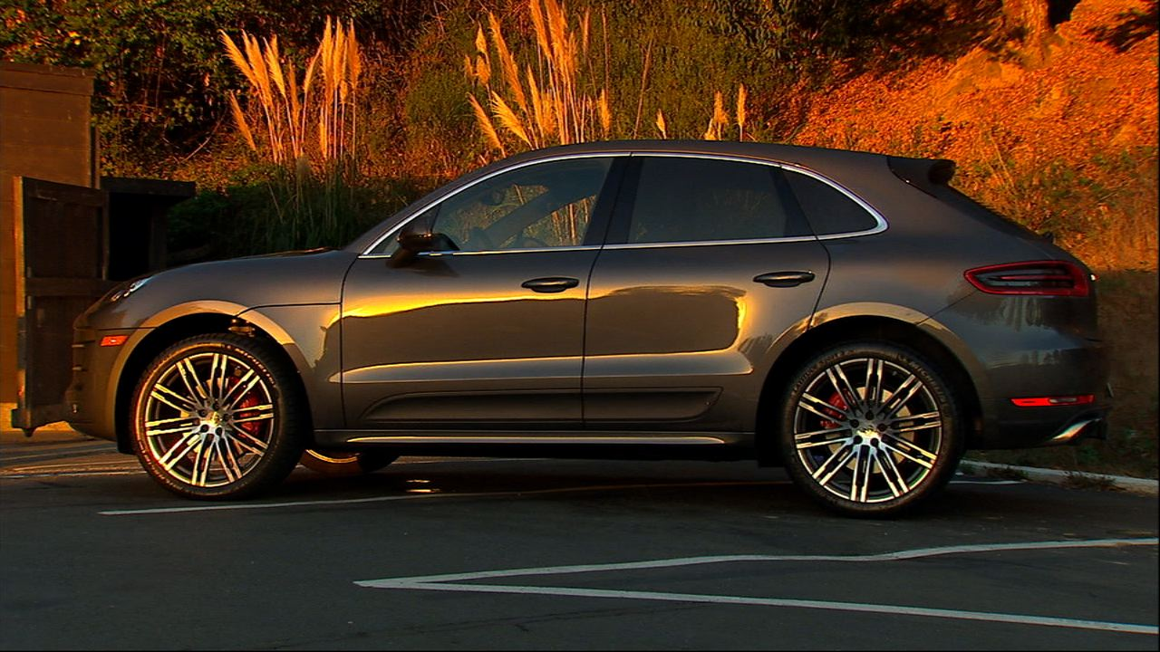 Video: On the road: 2015 Porsche Macan Turbo