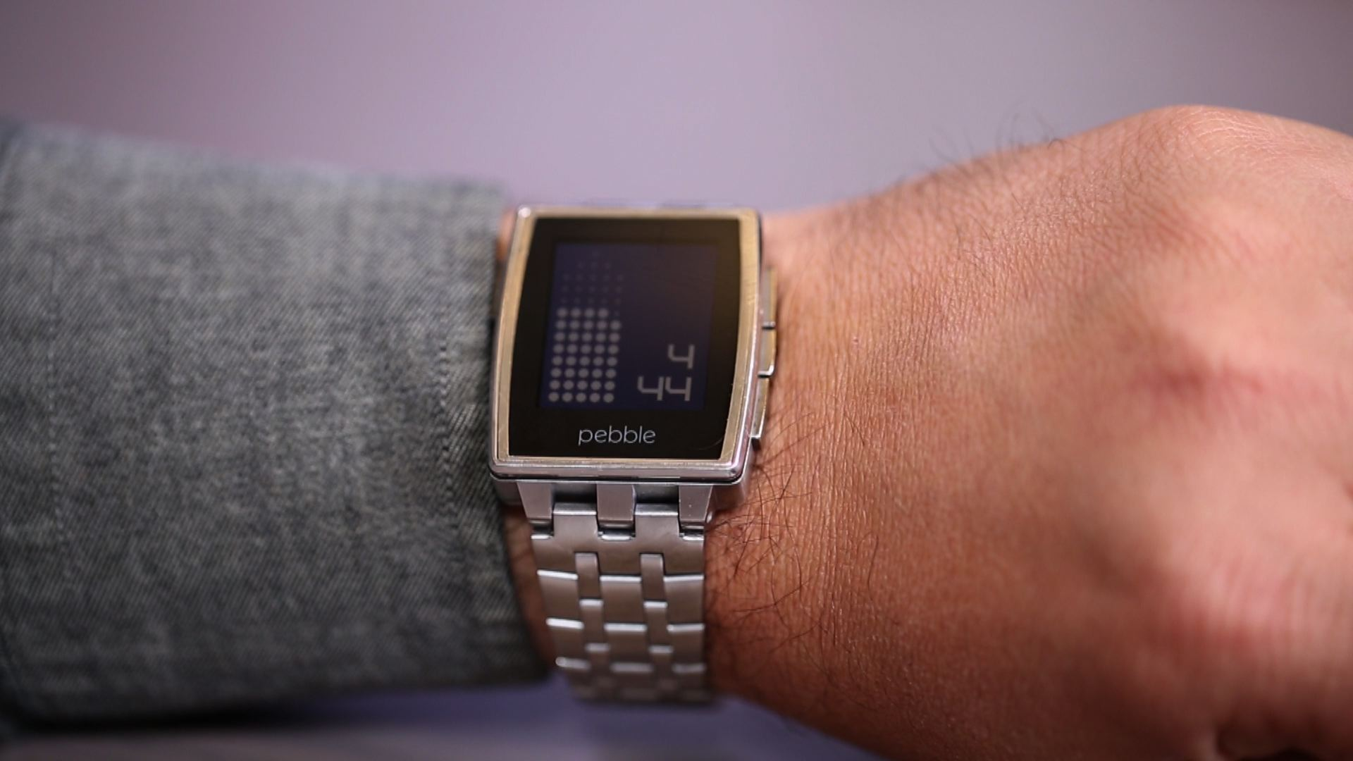 Video: Pebble Steel remains the best smartwatch, for several reasons
