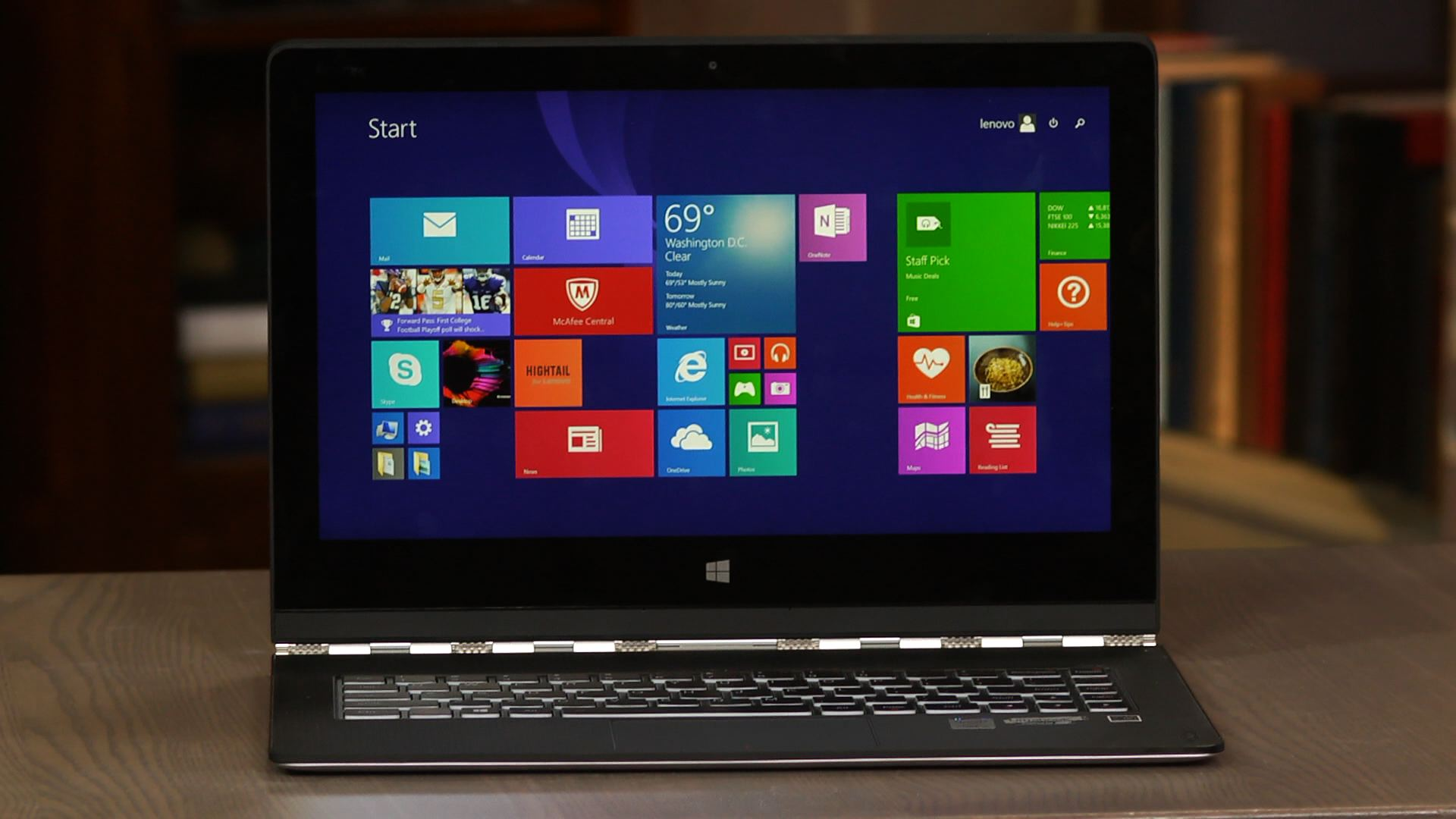 Video: Lenovo reinvents its flagship hybrid with the Yoga 3 Pro