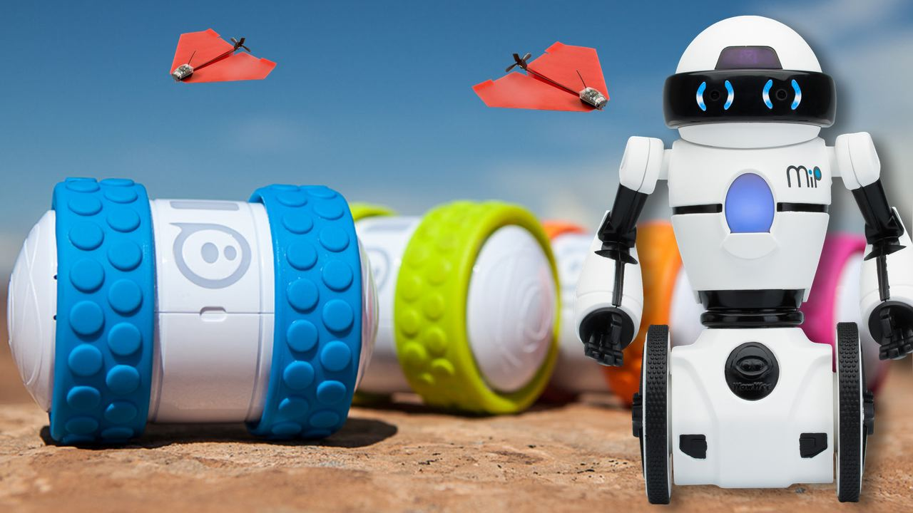 Video: Coolest remote-controlled toys of 2014