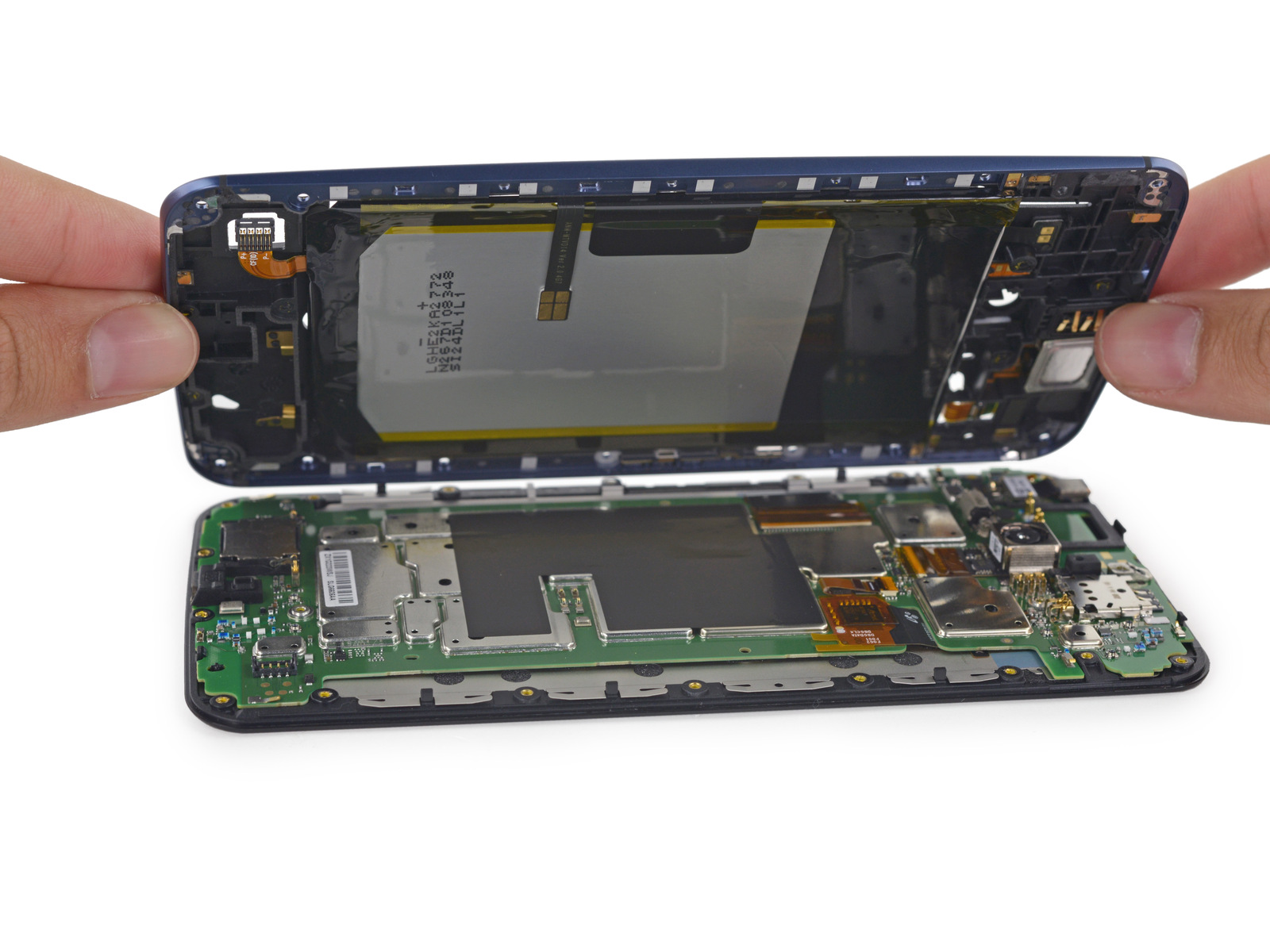 Nexus 6 teardown reveals solid