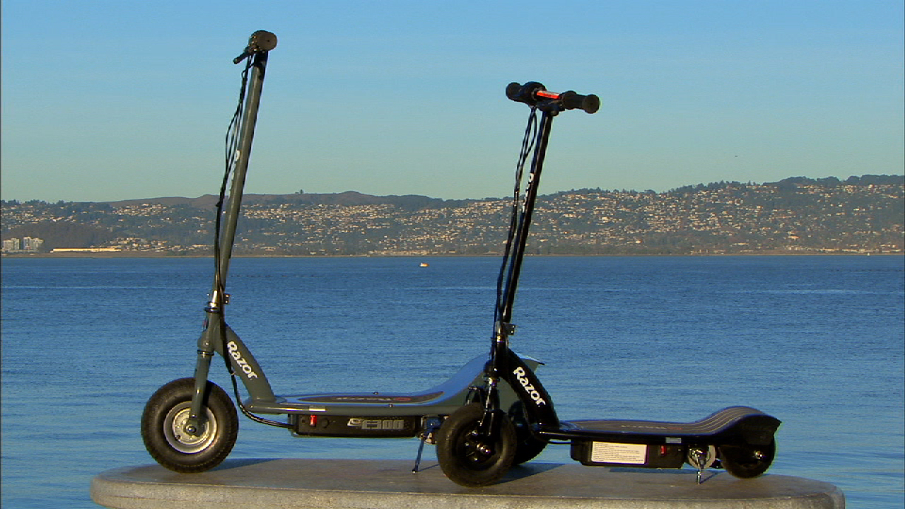 Video: Razor scooters drive electric
