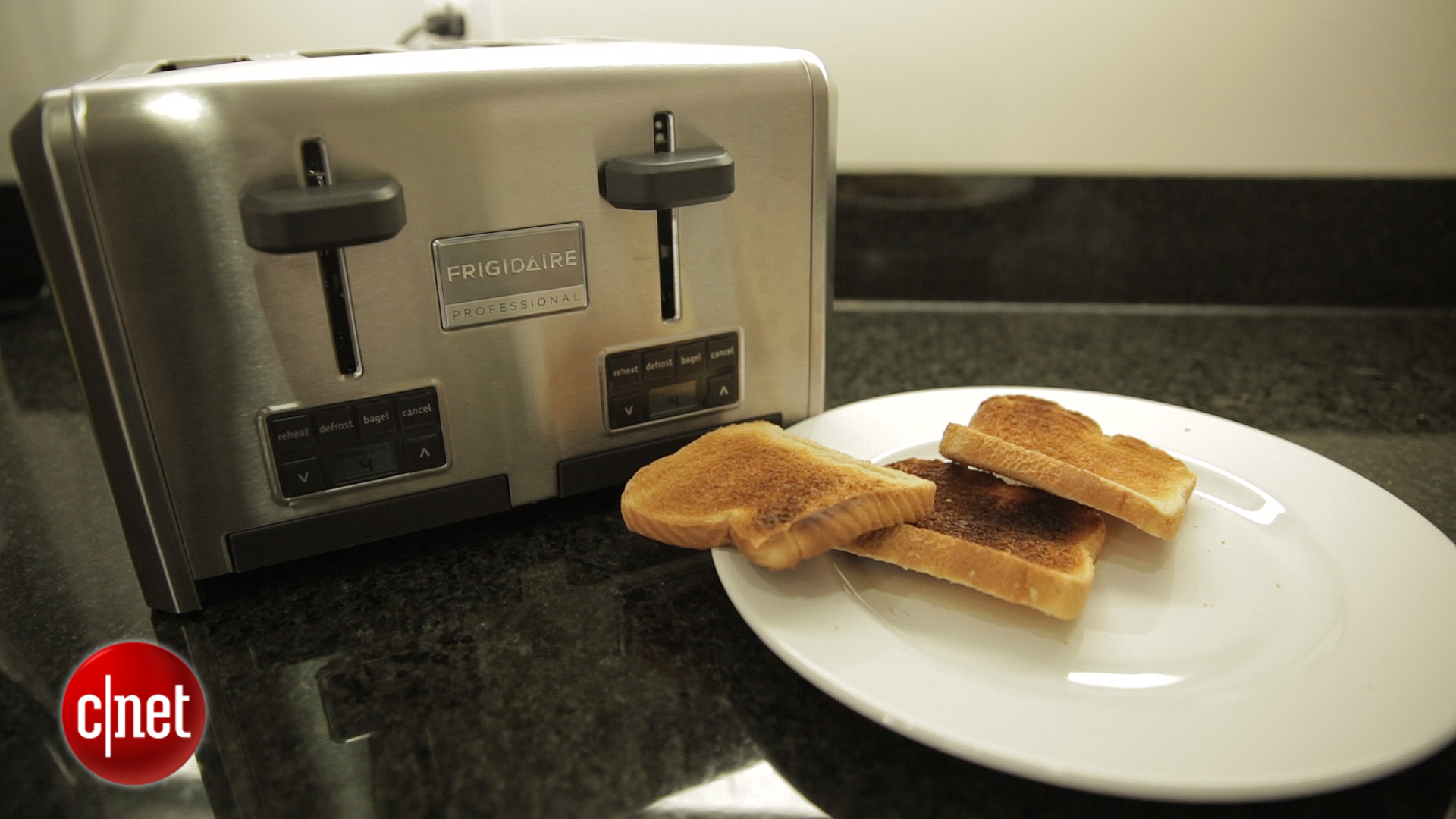 Video: Serious toasting from the $100 Frigidaire Pro