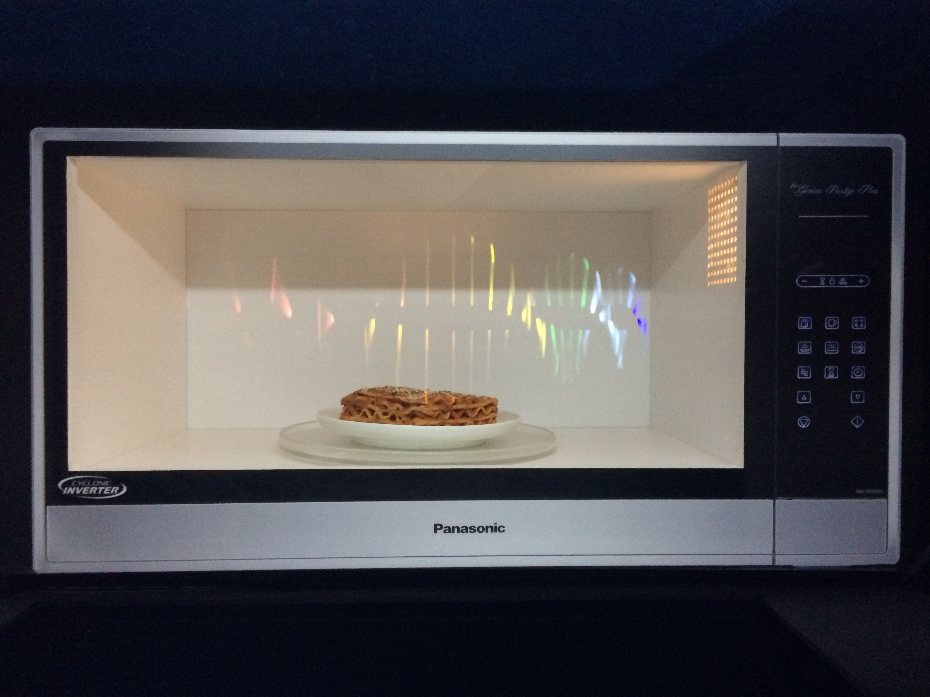 Panasonic Genius Prestige Plus Microwave with Cyclonic Wave Technology