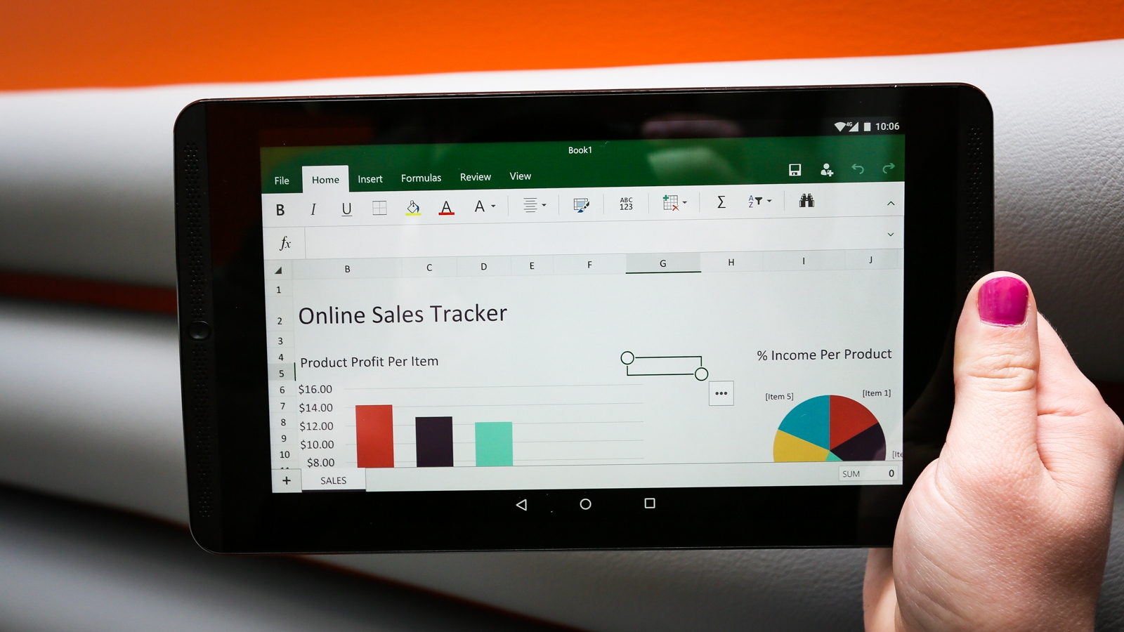 <p>Microsoft finally brings Office to Android with new Word, Excel and Powerpoint apps that are well-designed and packing plenty of features.</p>