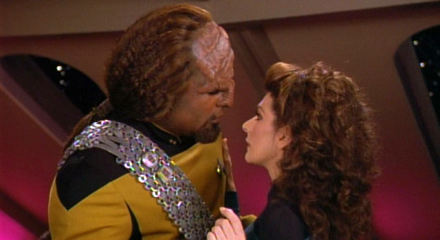 Star Trek 25 Things Wrong With Voyager Fans Choose To Ignore
