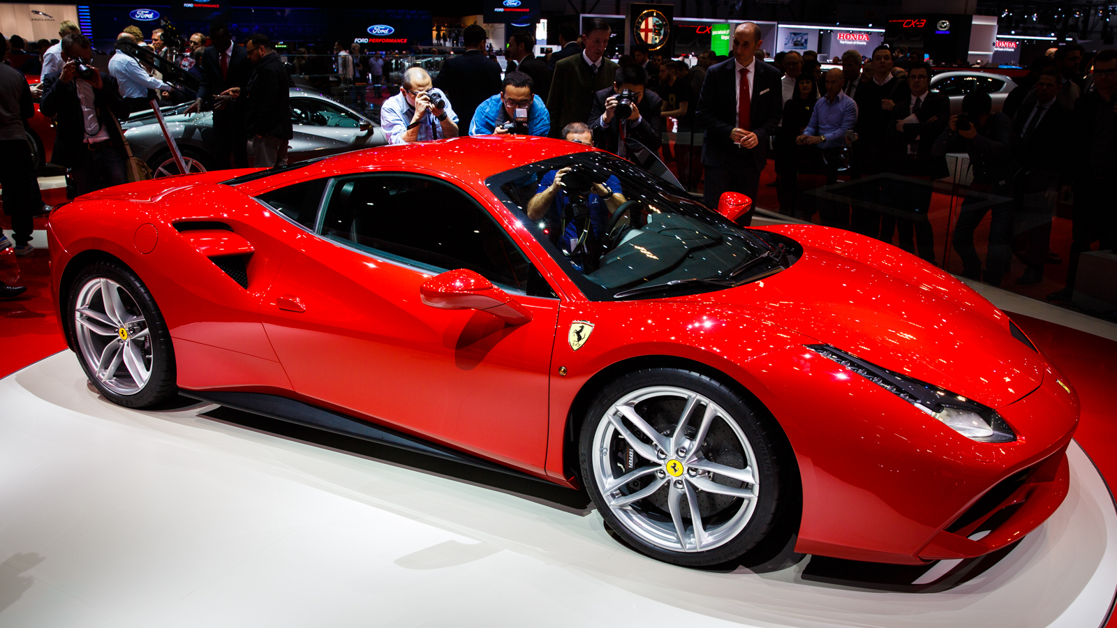 2015 ferrari 488 gtb release date price and specs roadshow. Black Bedroom Furniture Sets. Home Design Ideas