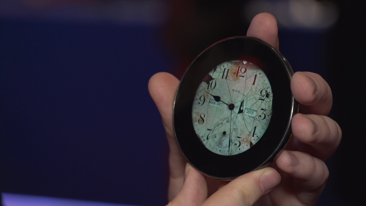 Video: This pocketwatch smartphone is designed with inner peace in mind