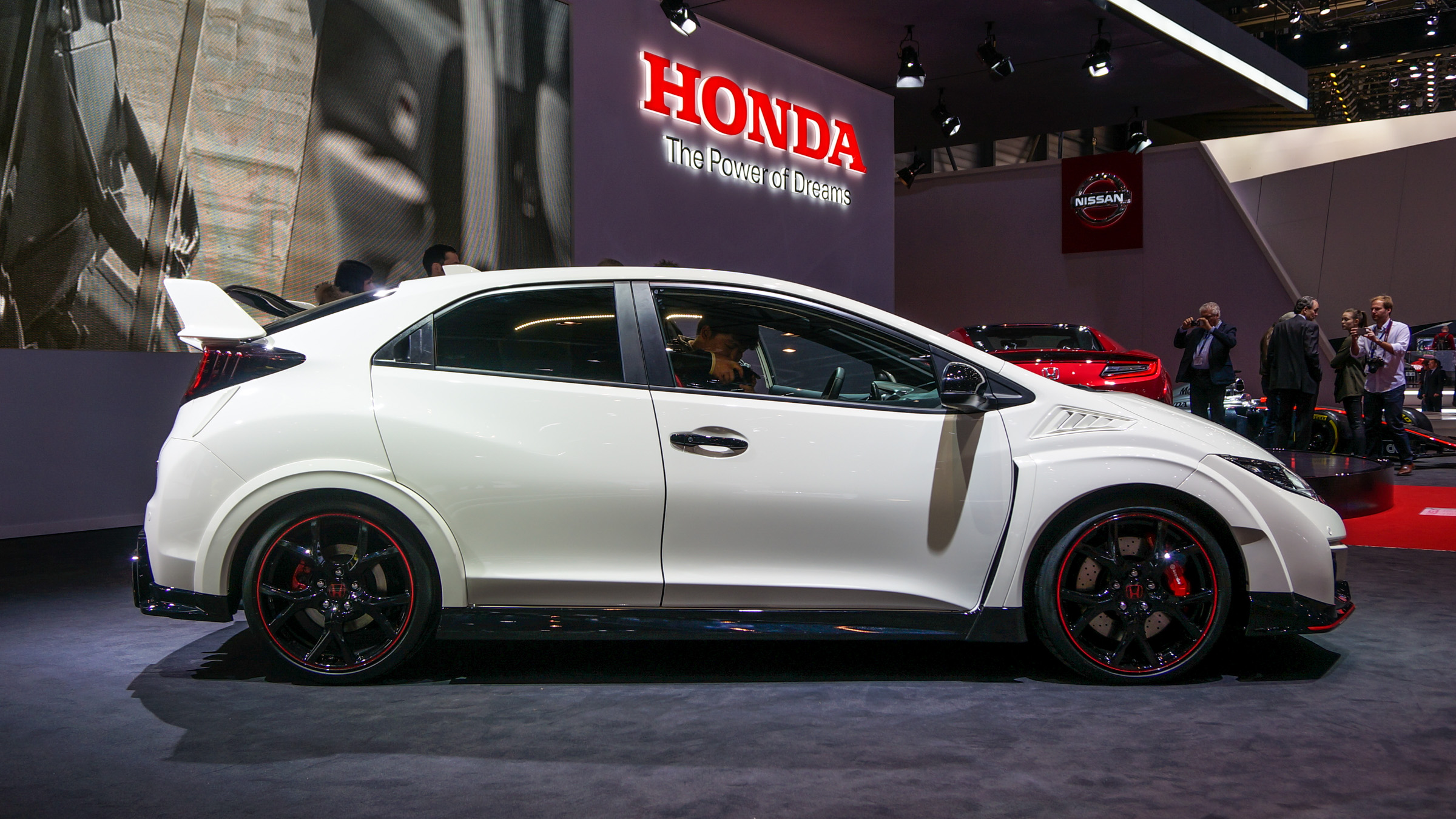 honda 39 s new type r is the hottest hatchback in the world. Black Bedroom Furniture Sets. Home Design Ideas