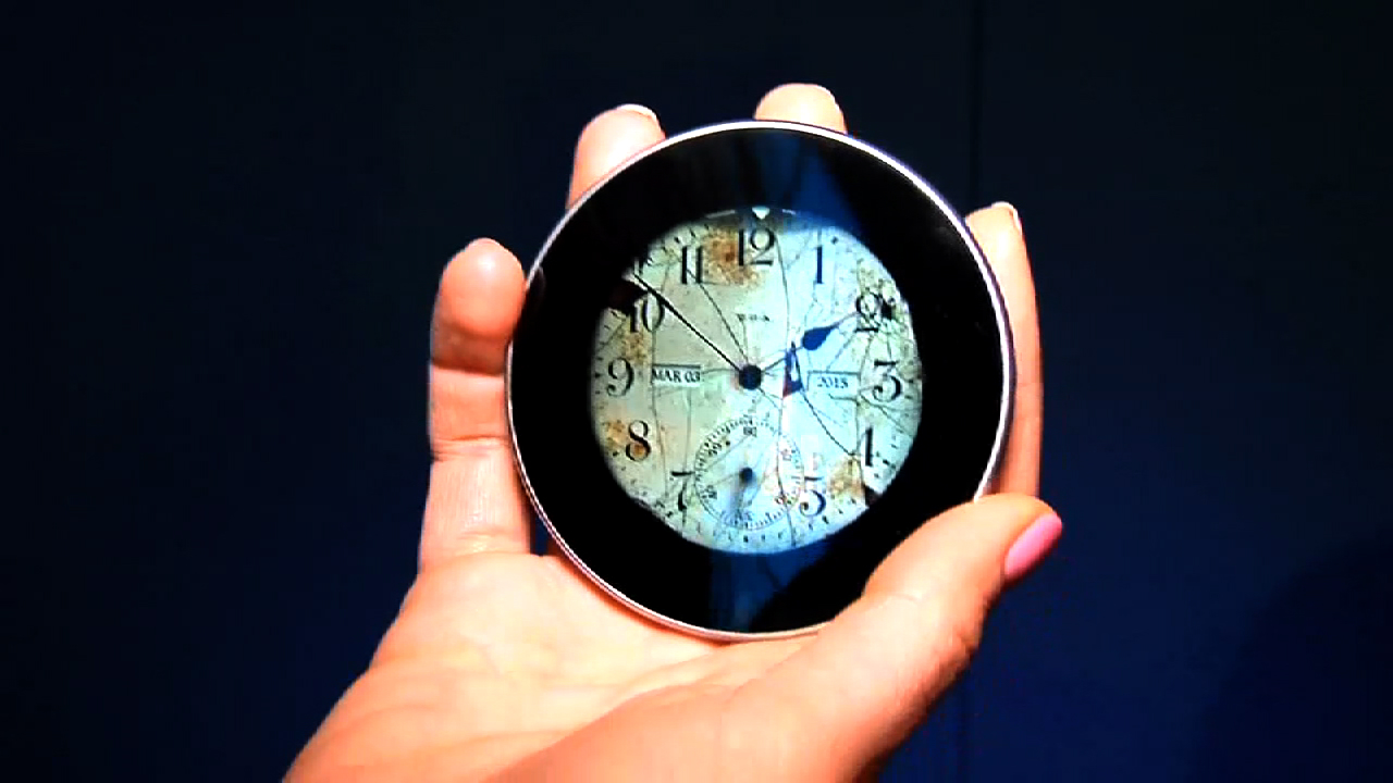 Video: Circular 'anti-smartphone' aims to never interrupt you (Tomorrow Daily 382)