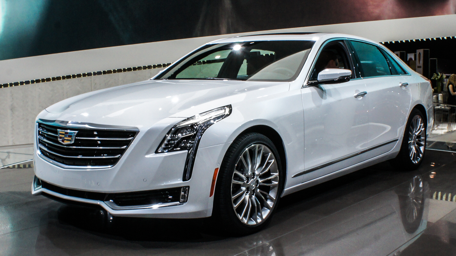 cadillac ct6 powerful elegance pictures cnet. Black Bedroom Furniture Sets. Home Design Ideas
