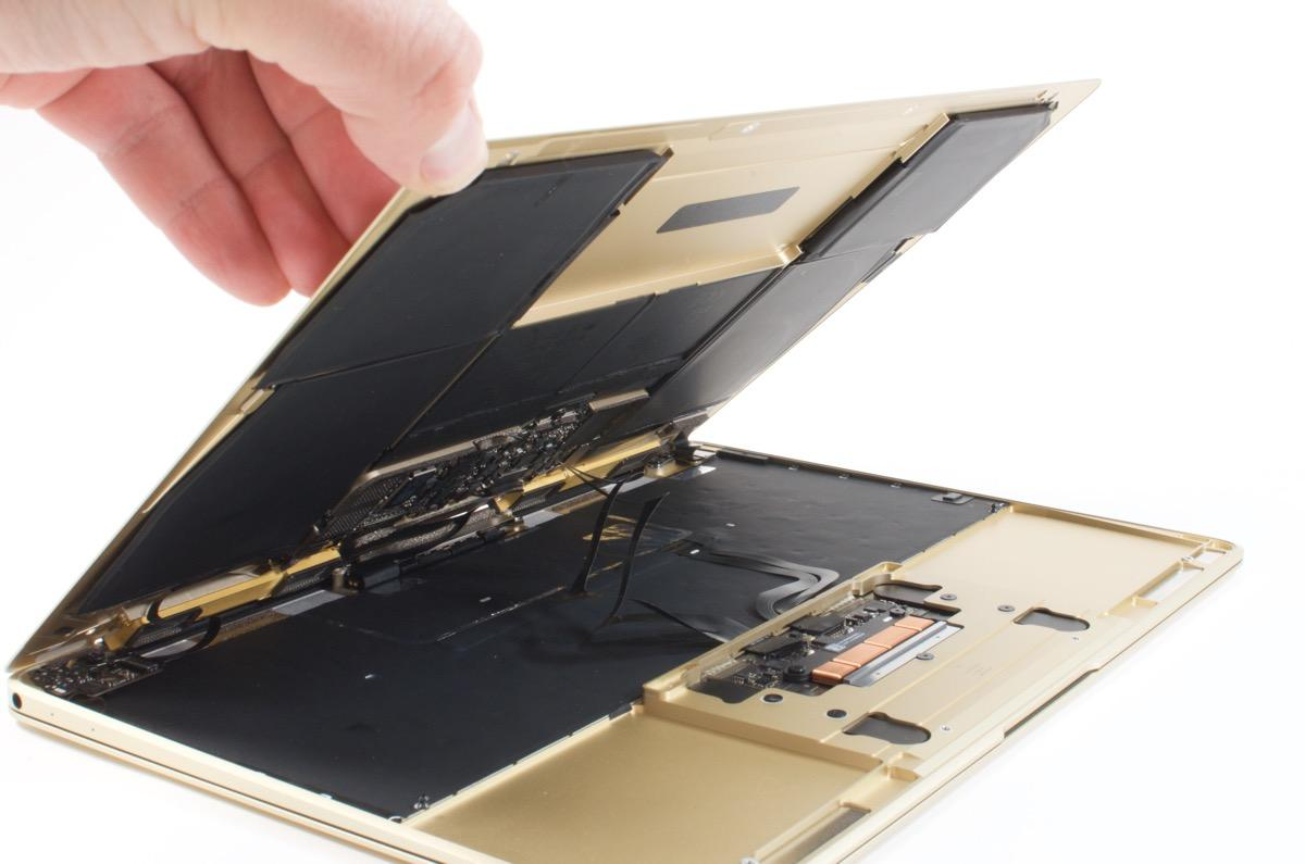 Video: Cracking Open: Apple MacBook (12-inch, 2015)