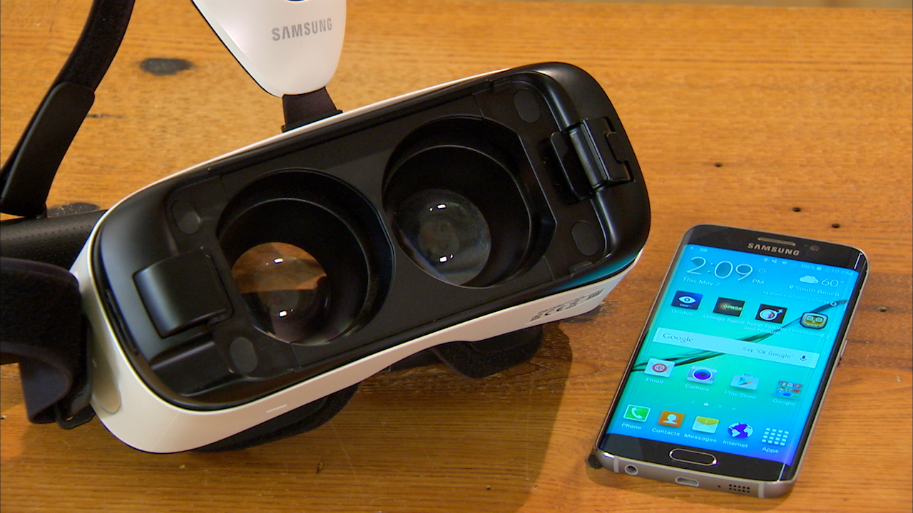 Video: Samsung's new Gear VR headset brings Virtual Reality to the Galaxy S6 and S6 Edge