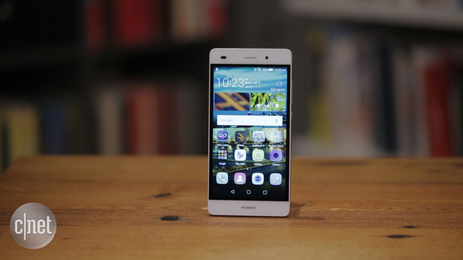 Video: Huawei's P8 Lite is an affordable and sleek unlocked phone
