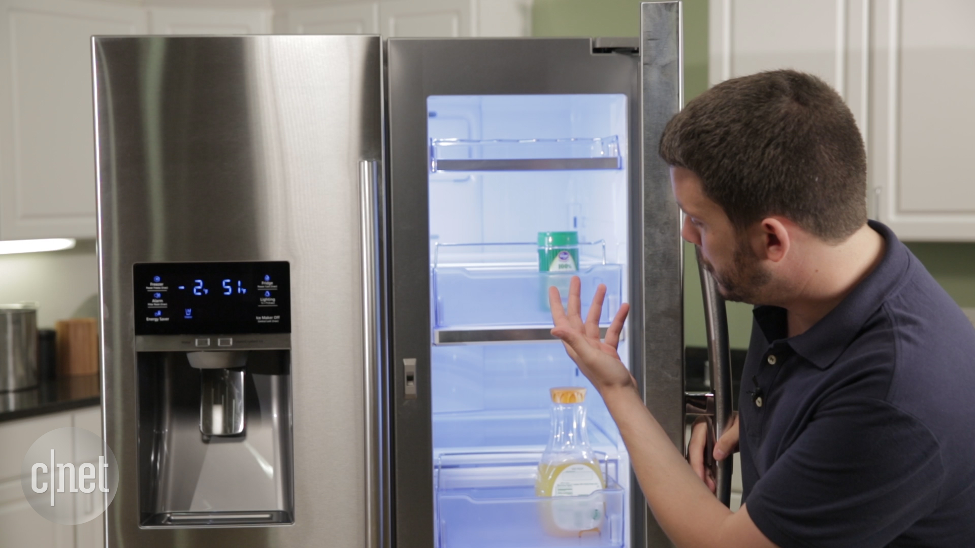 Video: Samsung packs Food Showcase into a French door