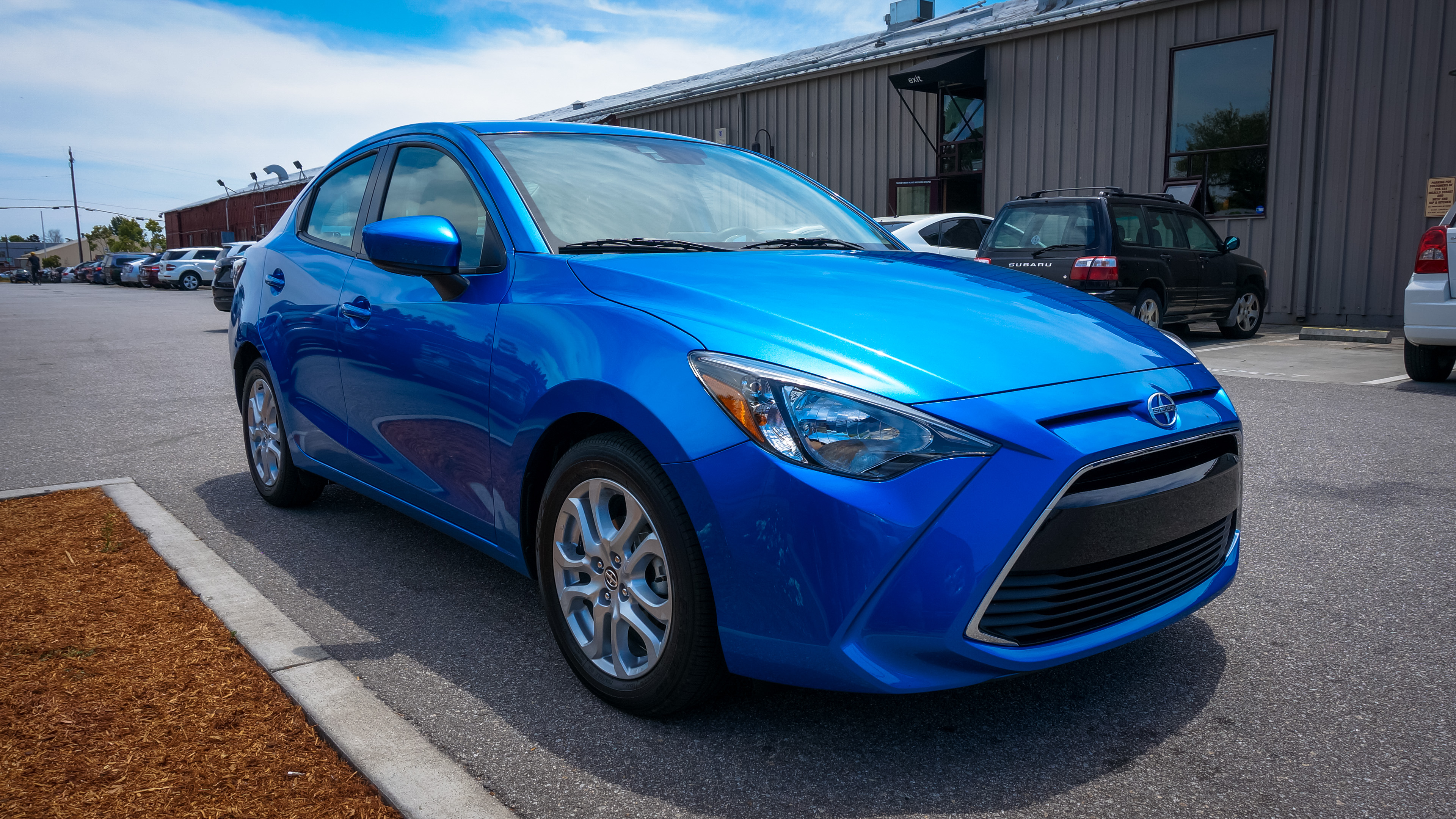 2016 Scion iA review - Roadshow