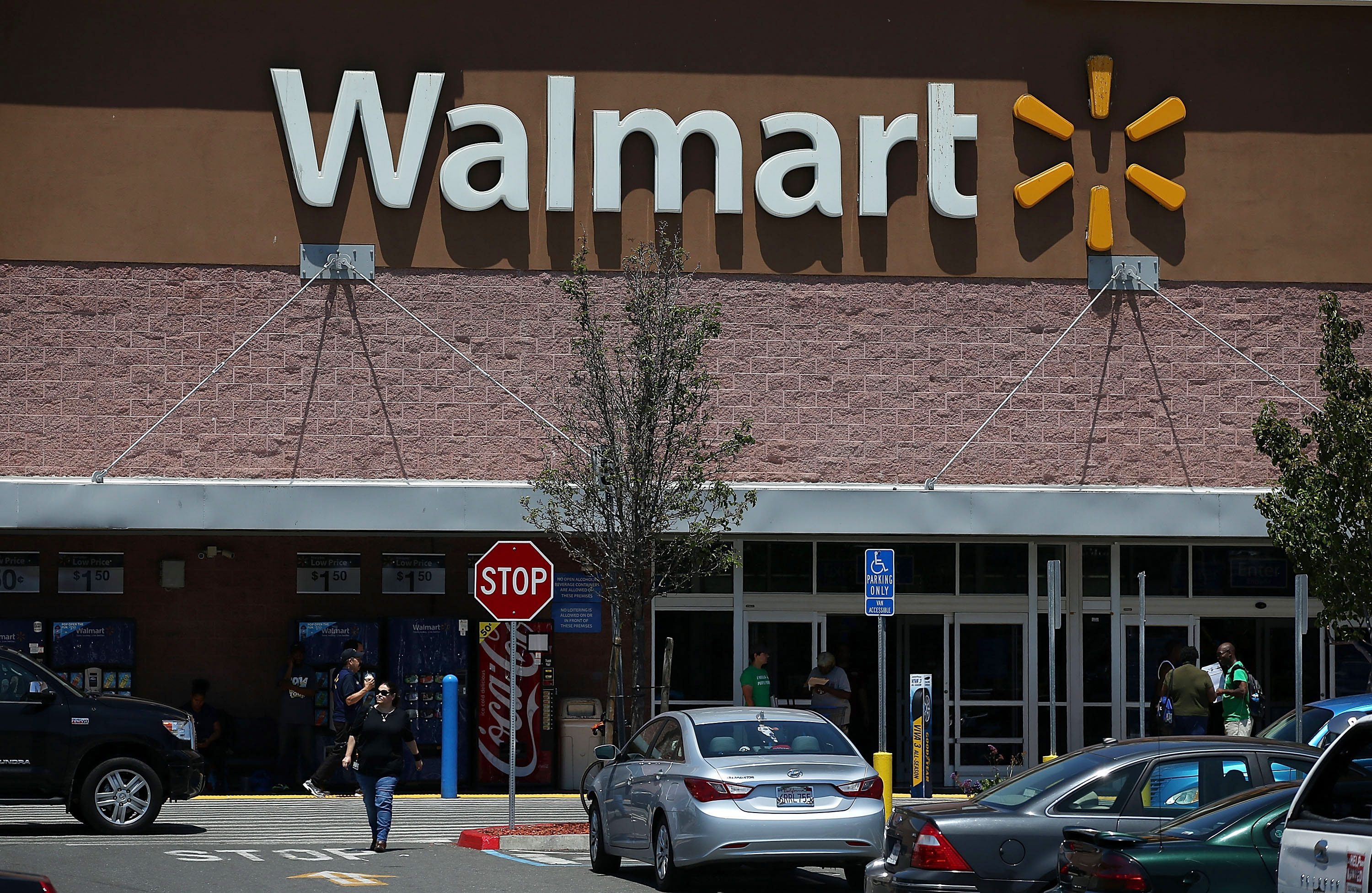 Walmart launches rival sale: Walmart Rival Sale