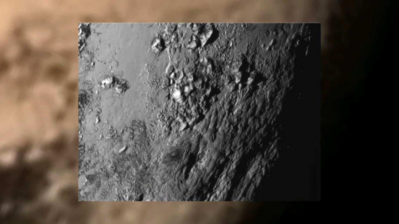 Video: Mountains on Pluto: Surface photo reveals surprises