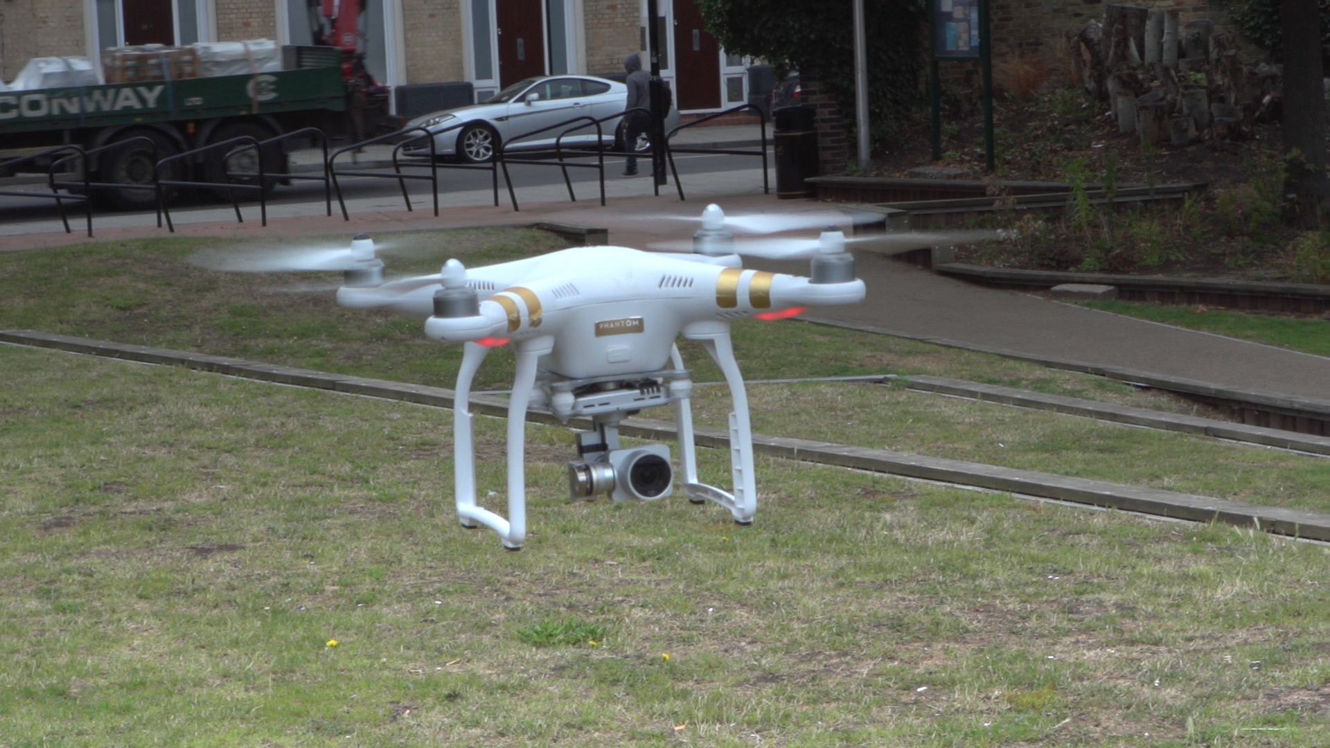 Video: The DJI Phantom 3 is a brilliant way to capture gorgeous video from the air