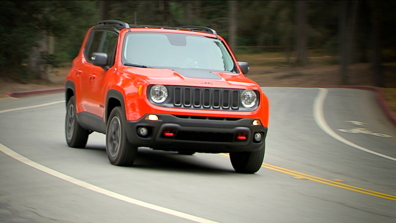 Video: 2015 Jeep Renegade: The littlest Jeep has big ambitions (CNET On Cars, Episode 73)