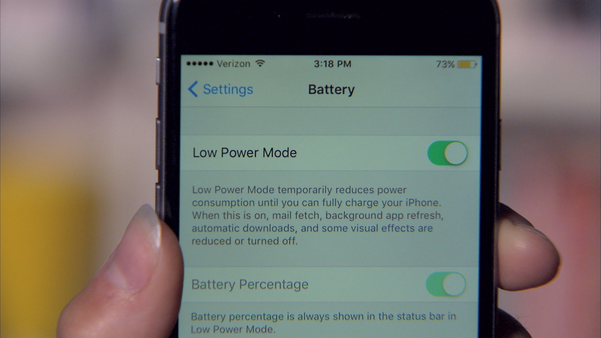 Video: Battery saving features in iOS 9