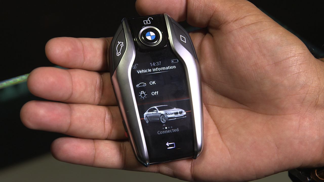 Video: Top 5: Technologies in the BMW 7 Series