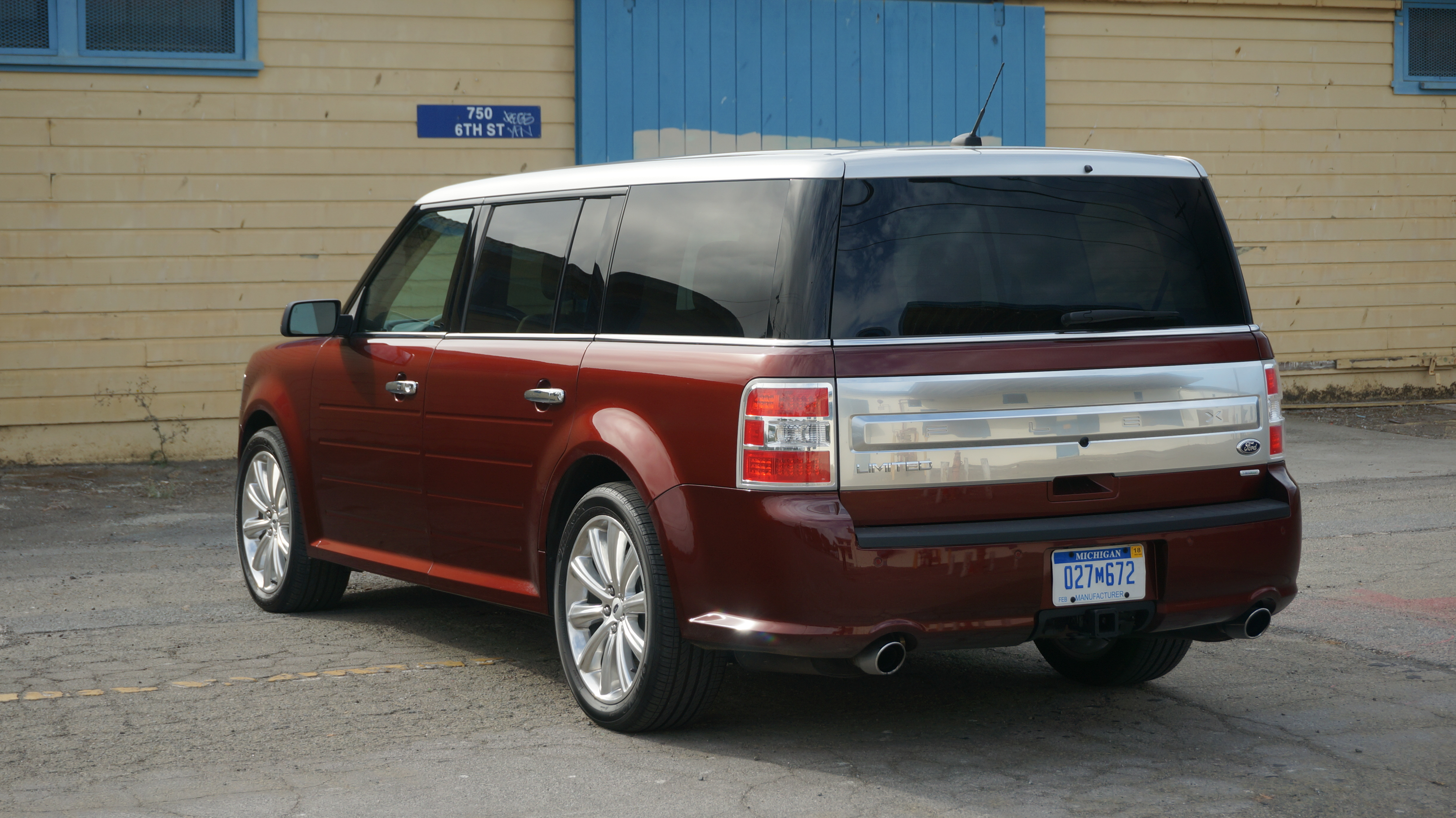 2015 ford flex limited ecoboost review roadshow. Black Bedroom Furniture Sets. Home Design Ideas