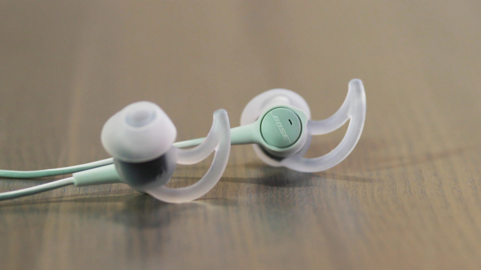 Video: Bose SoundTrue Ultra: Bose's best sounding in-ear headphone yet