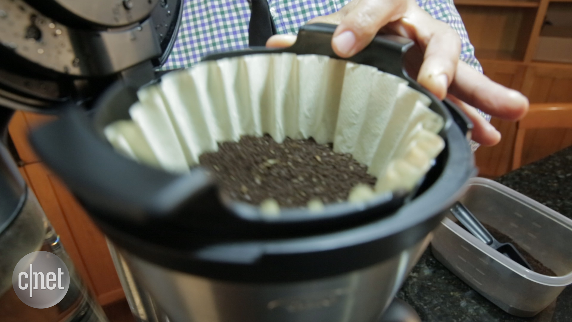 Video: Oxo's 12-Cup coffee maker brews big, small, and everything in-between
