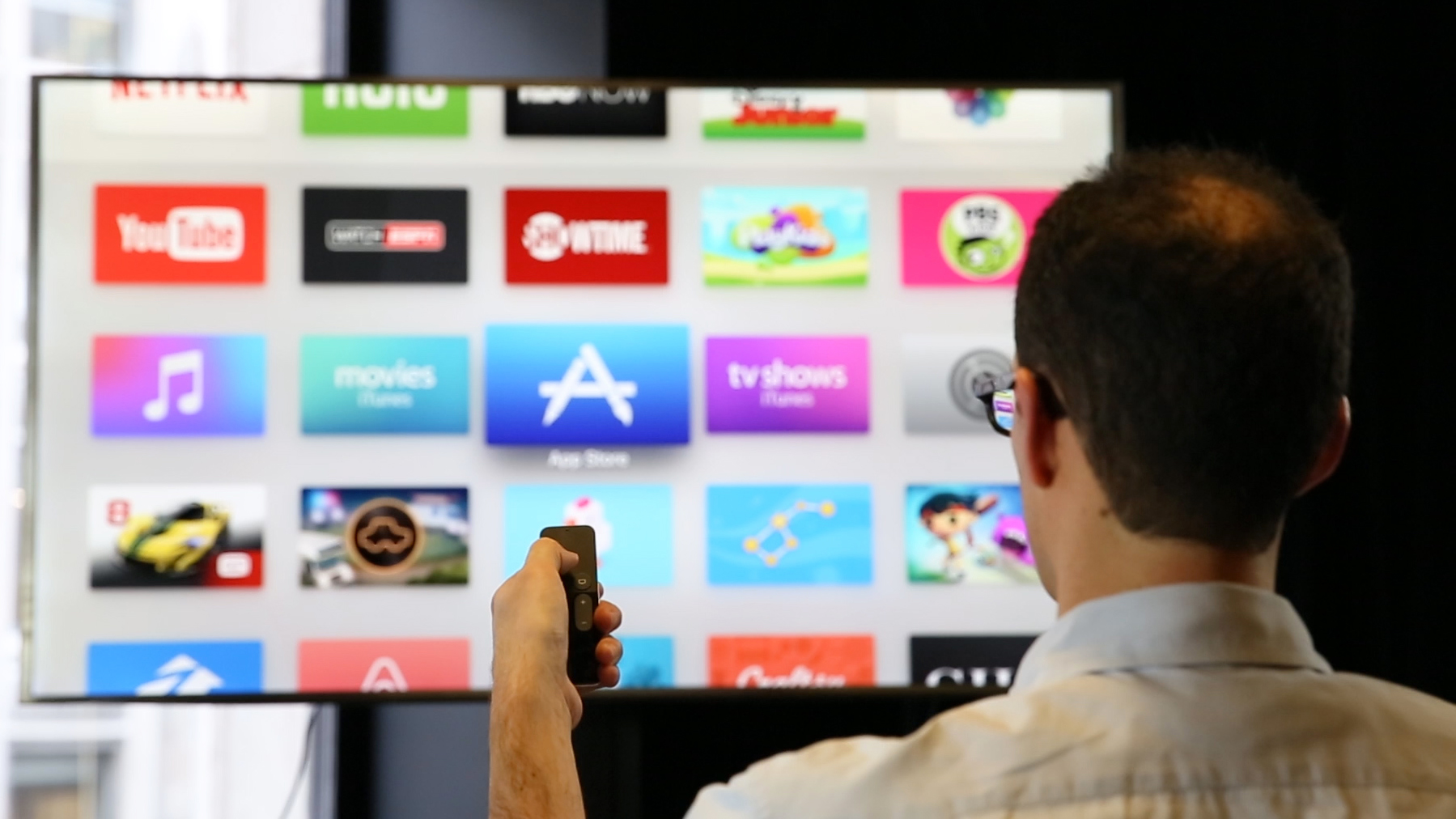 Video: Apple TV: Your iPhone apps and games hit the big screen